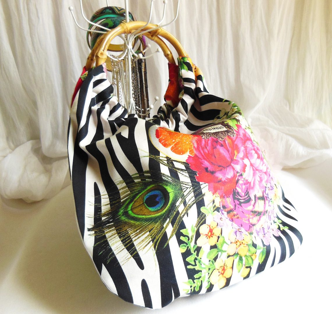 b748e61cb2 Sacs à main zèbre noir & blanc fleurs multicolores, tissu & bambou ...