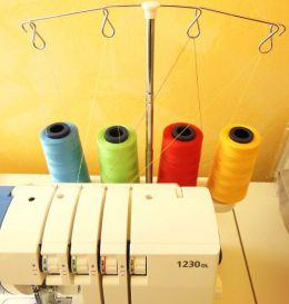 Cônes de 4 fils de couleurs différentes